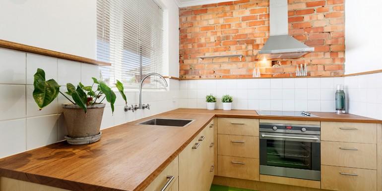 Kitchen Low RES